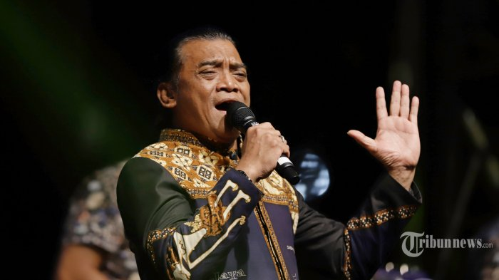 Disertai Lirik & Video Klip Stasiun Balapan hingga Sewu Kutho Kumpulan Lagu Populer Didi Kempot