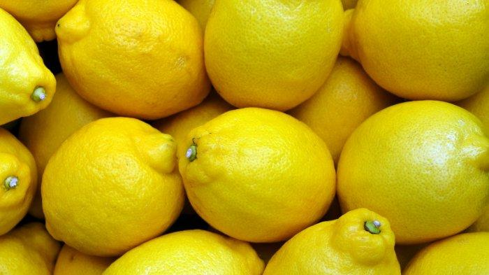Murah & Mudah Cobalah Buat Racikan Lemon Ini buat Atasi Ketombe & Rambut Rontok